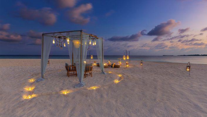 Beach Dinner Kudadoo Maldives Private Island