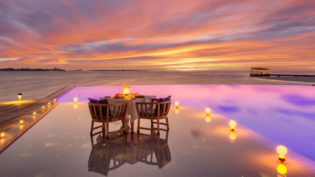 Retreat Pool Dinner Kudadoo Maldives Privat Island