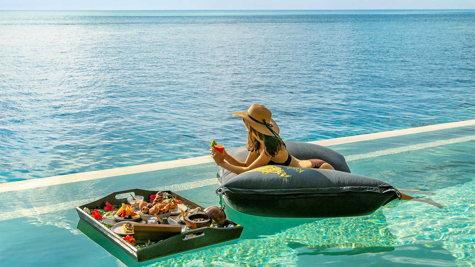 Floating breakfast Kudadoo Maldives