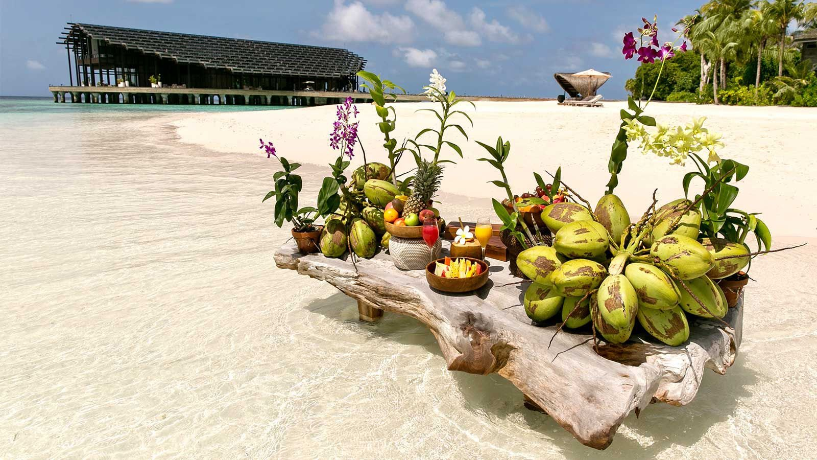 Lagoon breakfast Kudadoo Maldives